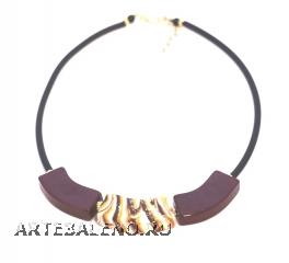 2017-57(3) Колье Верона на каучуке цвет темный аметист-горчичный-слоновая кость 45+5 см