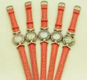 Часы кварцевые N61 цвет розовый №2 кожаный ремешок