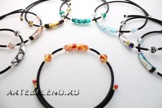 S601/maz Ожерелье на гибком каучуке 9 цветов муранское стекло