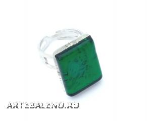Арт.02 зеленый - кольцо 1,5х2см  муранское стекло