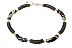 2012-67/maz(2) Колье с бусинами-тубами цвет черно-серый муранское стекло